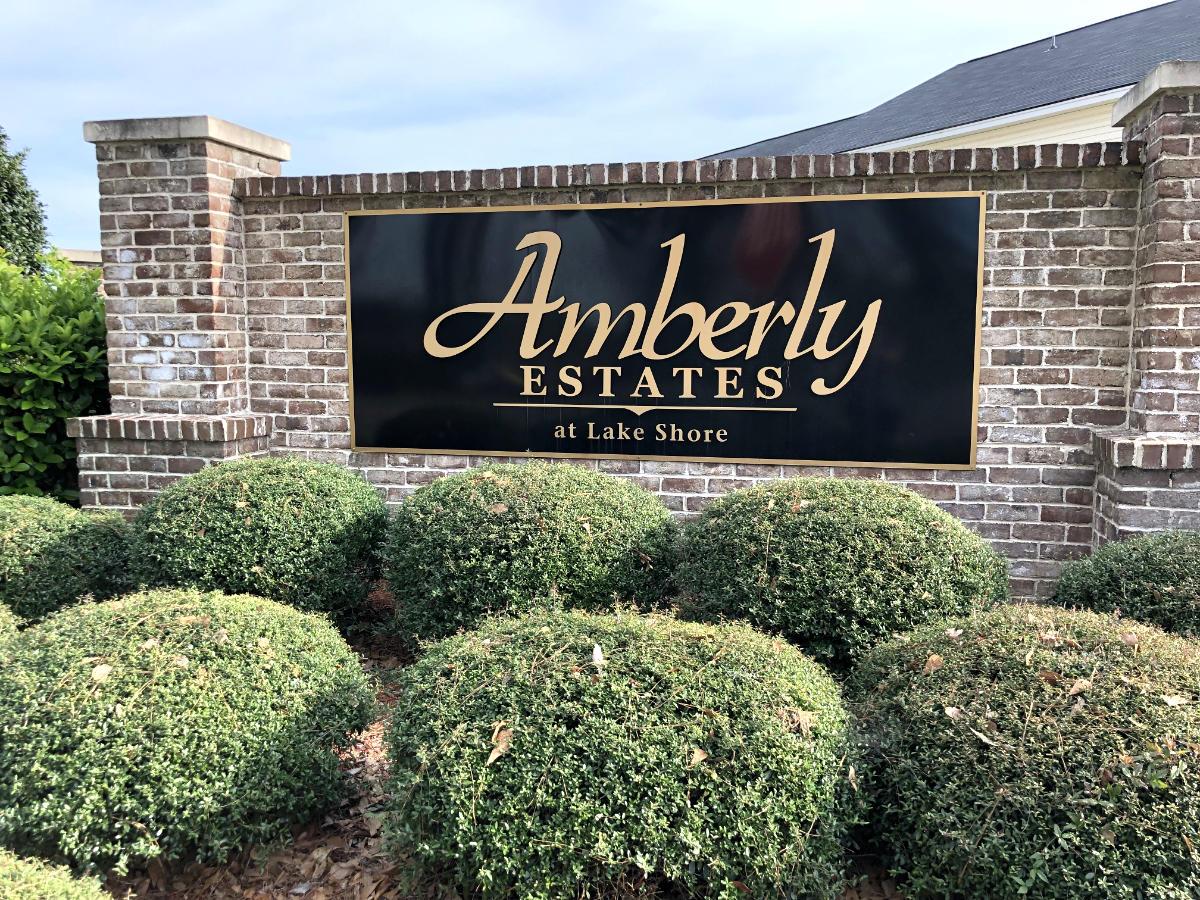 Amberly Estates Entrance